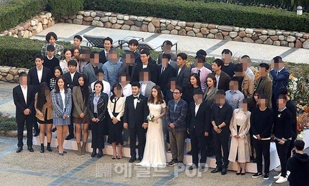 Đám cưới siêu khủng của diễn viên Vườn sao băng: Hội bạn thân tài tử, mỹ nhân hội tụ, thiếu Song Joong Ki - Ảnh 21.
