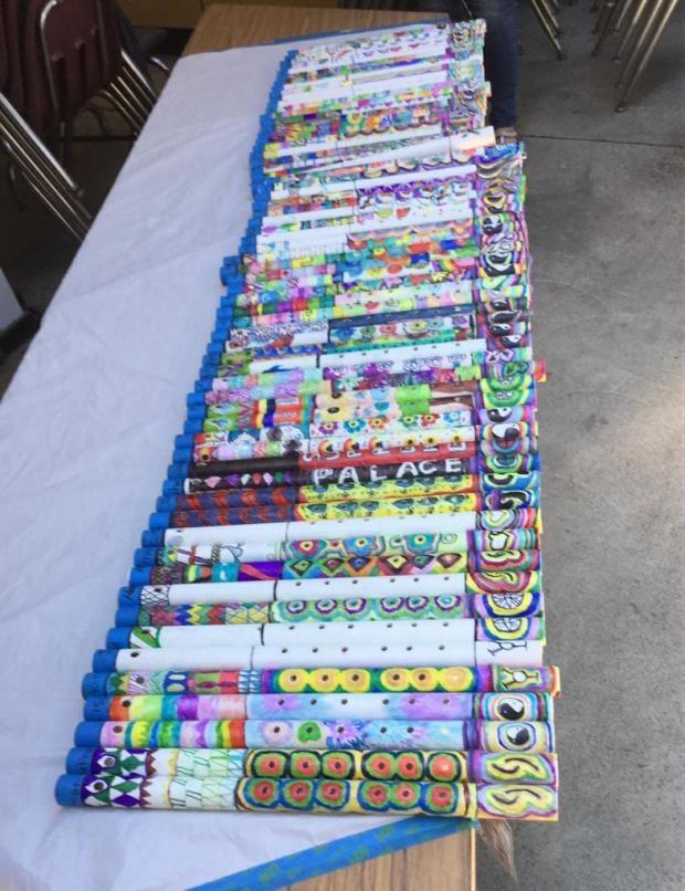 Dân quận Cam hốt hoảng với sáo thổi cho trẻ em dính... tinh dịch - Ảnh 2.
