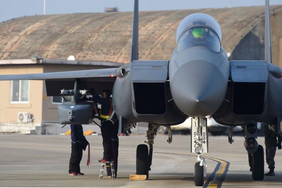 F-15K, at chu bai cua Han Quoc doi pho ten lua Trieu Tien hinh anh 6