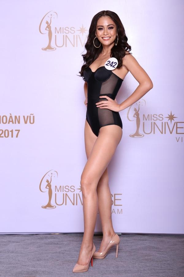 Hoa hậu Hoàn vũ VN 2017, tập 1: Nhiều trò cười, lố lăng tới mức MC Phan Anh bức xúc - Ảnh 10.