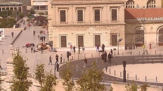 Tấn công khủng bố liên tiếp tại Pháp và Canada - Ảnh 1.