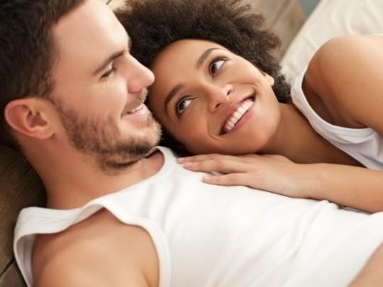 """Kết quả hình ảnh cho 10 lợi ích khi """"yêu"""""""