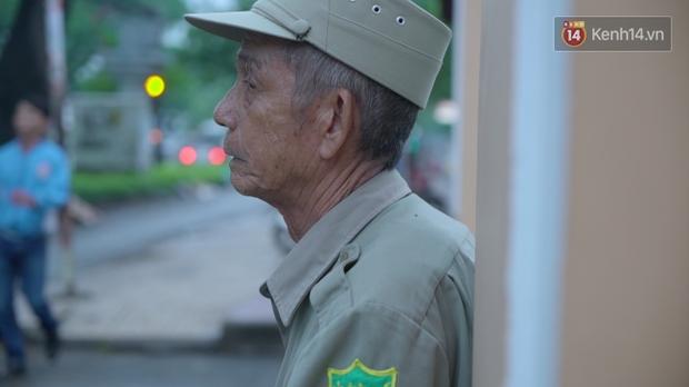 Chuyện chưa kể về bác bảo vệ mà học sinh chuyên Lê Hồng Phong cúi đầu chào mỗi ngày: Hiệp sĩ xích lô 21 lần bắt cướp - Ảnh 10.