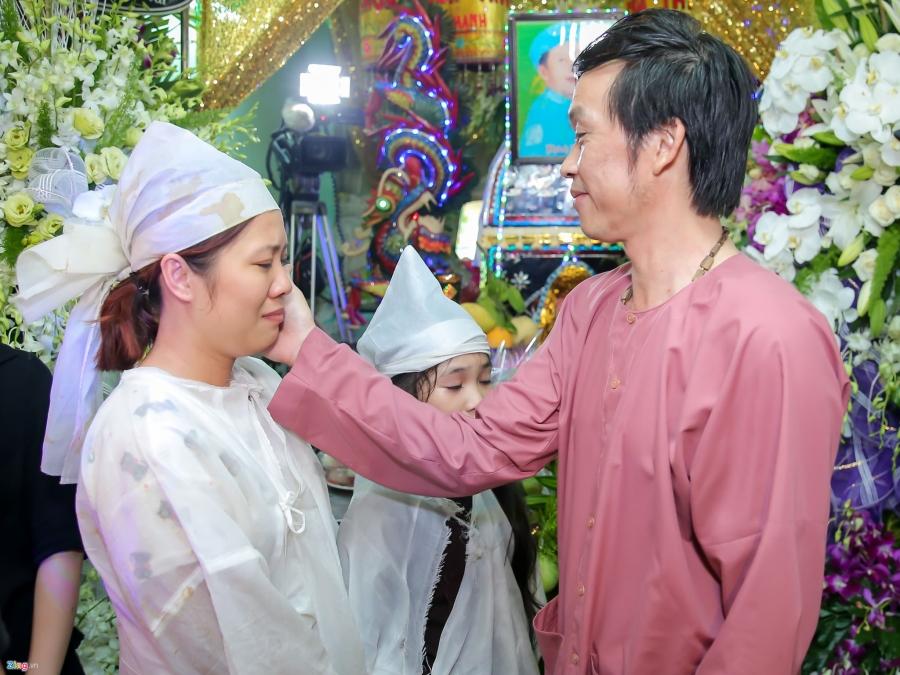 Danh hai Hoai Linh den tu biet nghe si Khanh Nam luc 1h sang hinh anh 4