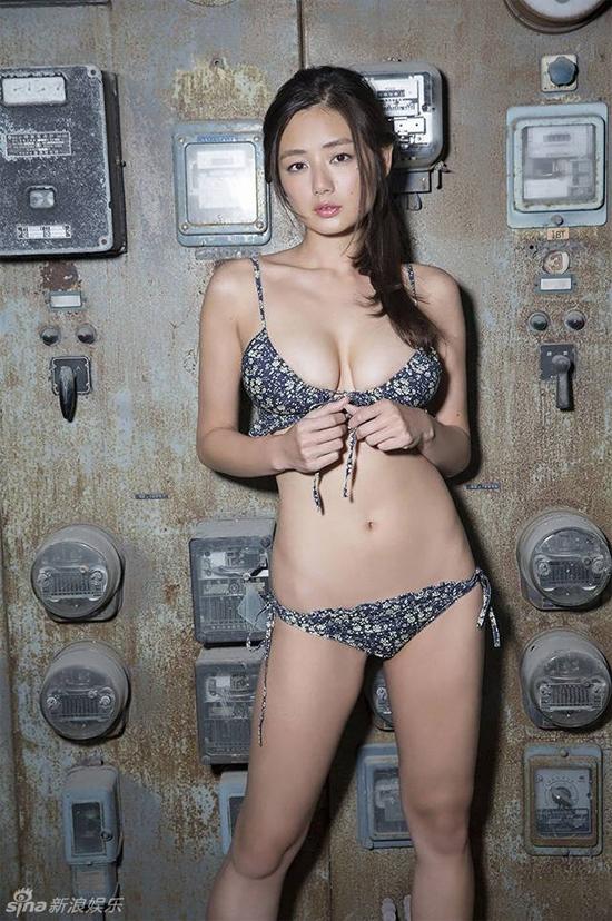 ve-dep-boc-lua-cuamoemi-katayama-10