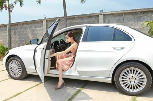 Mỹ nữ Vũng Tàu đi siêu xe 70 tỷ: Từ con gái người bán vé số đến cuộc sống xa hoa bên đại gia - Ảnh 4.