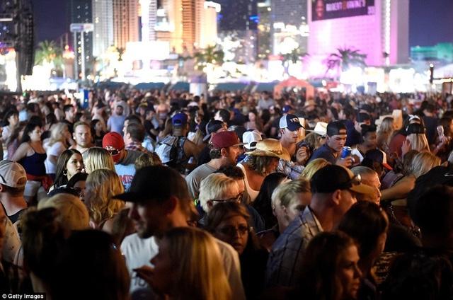 Rất đông người xem buổi biểu diễn âm nhạc vào thời điểm xảy ra vụ nổ sung. (Ảnh: Getty)