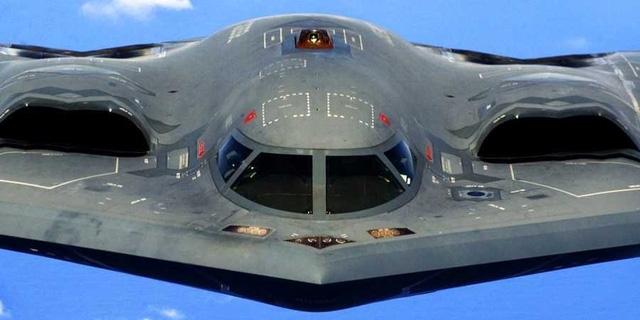 Máy bay ném bom tàng hình B-2 Spirit (Ảnh: Wikipedia)