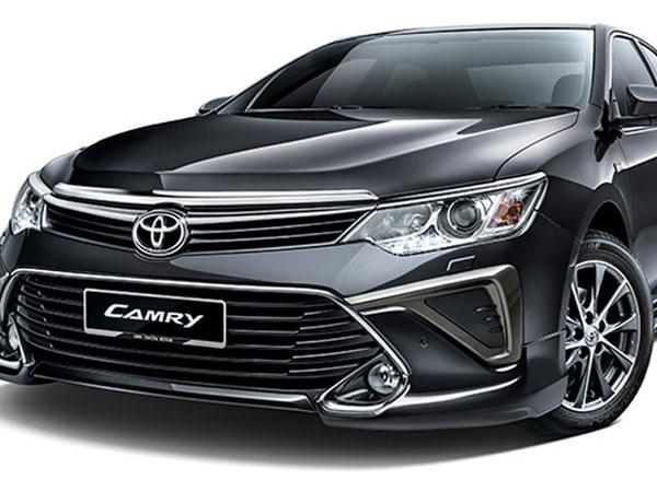 Ô tô Camry giảm 120 triệu đồng: Cú