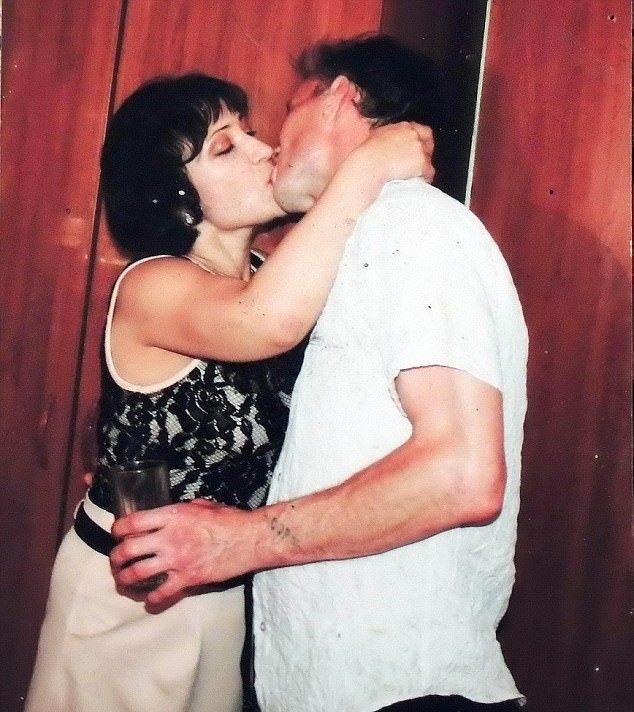 Cặp đôi bắt đầu thực hiện hành vi tội ác từ năm 1999