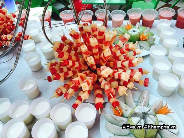 "mam buffet trung thu 45 mon cua cac be mau giao vinh phuc khien dan mang cung ""thom them"" - 9"
