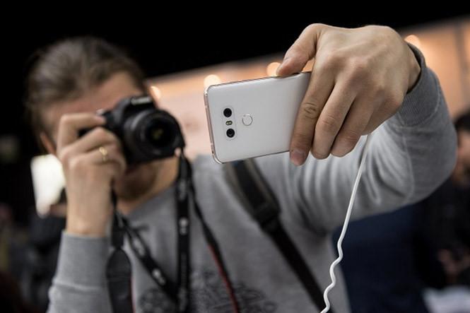 Smartphone camera kép đang 'phủ sóng' phân khúc tầm trung - ảnh 3