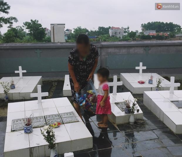 Theo chân cậu SV 19 tuổi về nơi chôn cất hơn 100.000 thai nhi và chuyện những dòng nhật ký đẫm nước mắt ở nghĩa trang - Ảnh 12.