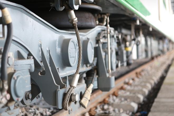 Cận cảnh hàng chục toa tàu được lắp đặt ở đường sắt trên cao Hà Đông - Cát Linh  - Ảnh 6.