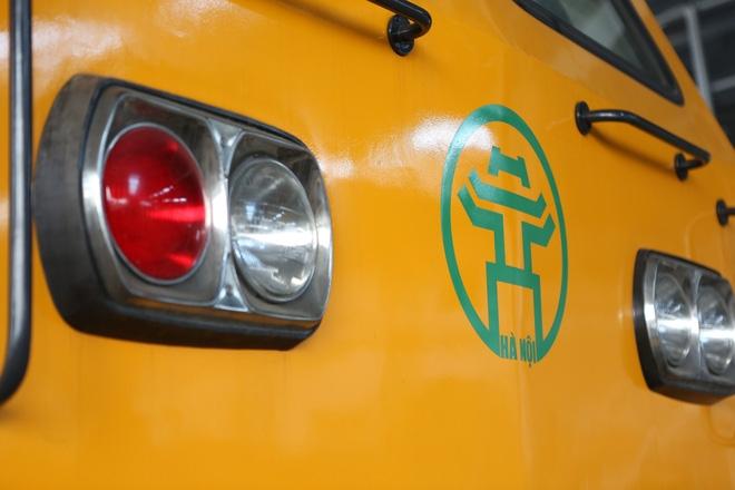 Cận cảnh hàng chục toa tàu được lắp đặt ở đường sắt trên cao Hà Đông - Cát Linh  - Ảnh 11.