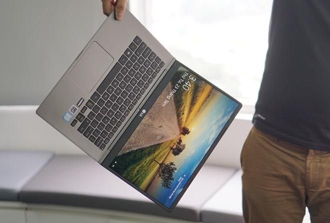 Laptop sieu mong nhe ngay cang pho bien tai VN hinh anh 1