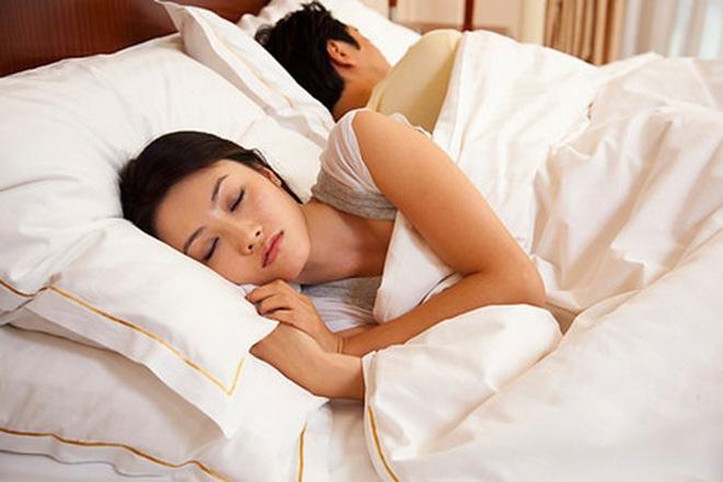 Ngoại tình với bạn thân của chồng nhưng cô tuyệt nhiên không hối hận, không mang cảm giác tội lỗi - Ảnh 1.