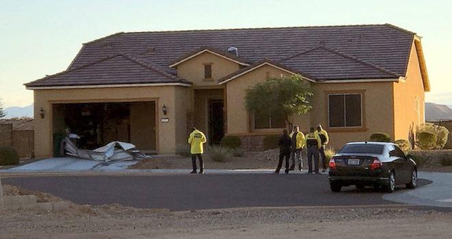 Vụ Las Vegas: Có loạt biệt thự triệu đô, hung thủ vẫn thích mặc quần kaki, lái xe đi thuê - Ảnh 1.