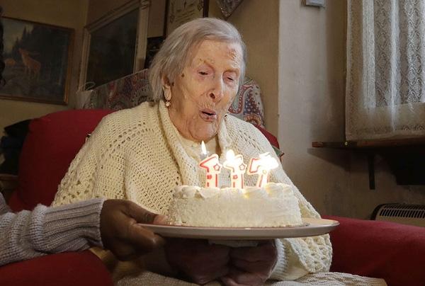 """""""2 quả 1 ngày"""", bí quyết thú vị của người phụ nữ sống thọ nhất thế giới - Ảnh 2."""