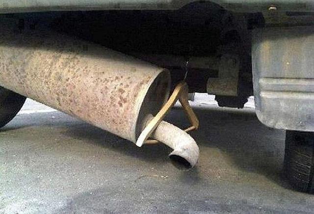 Chết cười với những chiêu sửa xe không thể tạm bợ và khó đỡ hơn - Ảnh 6.