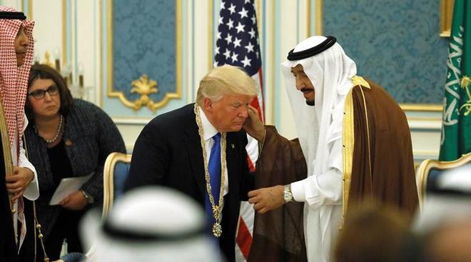 Chuyến thăm Moskva lịch sử của Quốc vương Saudi: Khi thế giới Ả Rập phải gọi tên Nga - Ảnh 2.
