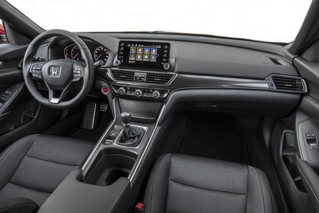Honda Accord 2018 có giá từ 536 triệu đồng - 3