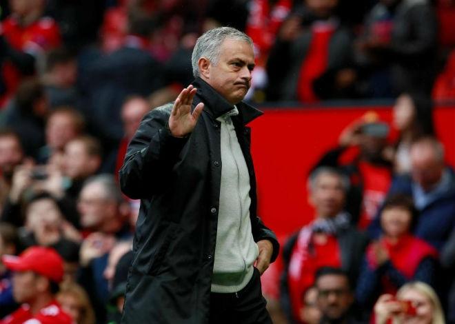 MU-Mourinho ảo tưởng sức mạnh: Bắt nạt nhóm cuối bảng, dè chừng vỡ mộng - 2