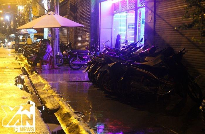 Một góc bãi giữ xe ở khu khách sạn đường Trần Thiện Chánh (Quận 10).