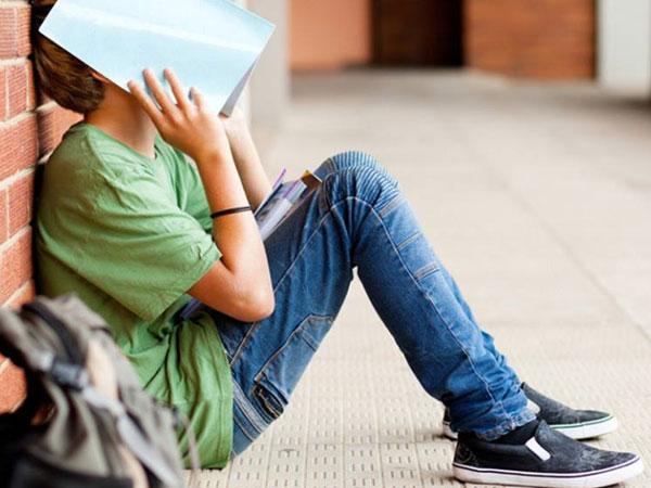 Thủ dâm, phim đen, quan hệ sớm - Những vấn đề đáng lo của tuổi teen