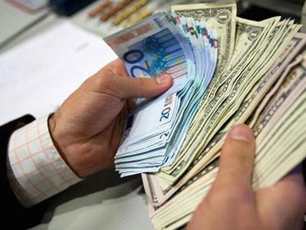 Tỷ giá ngoại tệ ngày 6/10: USD tăng áp đảo euro, bảng Anh