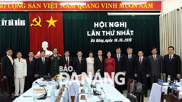 Tập thể Ban thường vụ Thành ủy Đà Nẵng nhiệm kỳ 2015-2020.