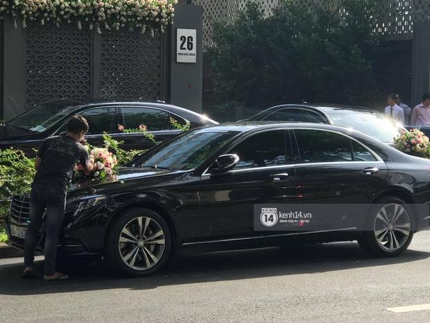 Cận cảnh dàn siêu xe vài chục tỷ đồng trong lễ đón dâu của Hoa hậu Thu Thảo diễn ra sáng nay - Ảnh 5.