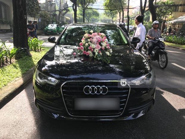Cận cảnh dàn siêu xe vài chục tỷ đồng trong lễ đón dâu của Hoa hậu Thu Thảo diễn ra sáng nay - Ảnh 8.
