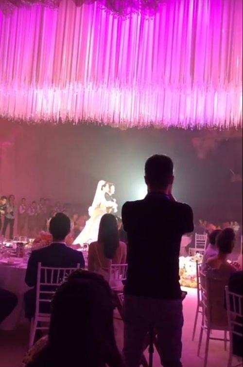 Em trai Trung Tín phát biểu trong đám cưới: Xin lỗi mẹ con không thể tìm được người phụ nữ tuyệt vời như chị Thảo - Ảnh 2.