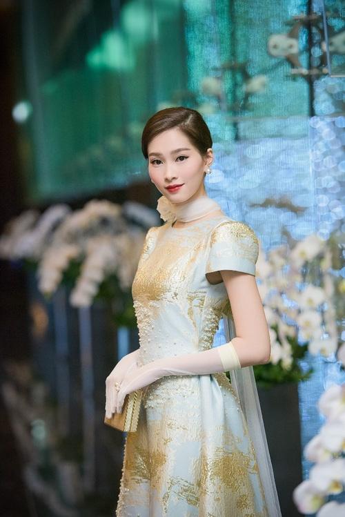 Khối tài sản của Hoa hậu Thu Thảo và đại gia Trung Tín sau khi về chung một nhà sẽ khủng tới cỡ nào? - Ảnh 2.