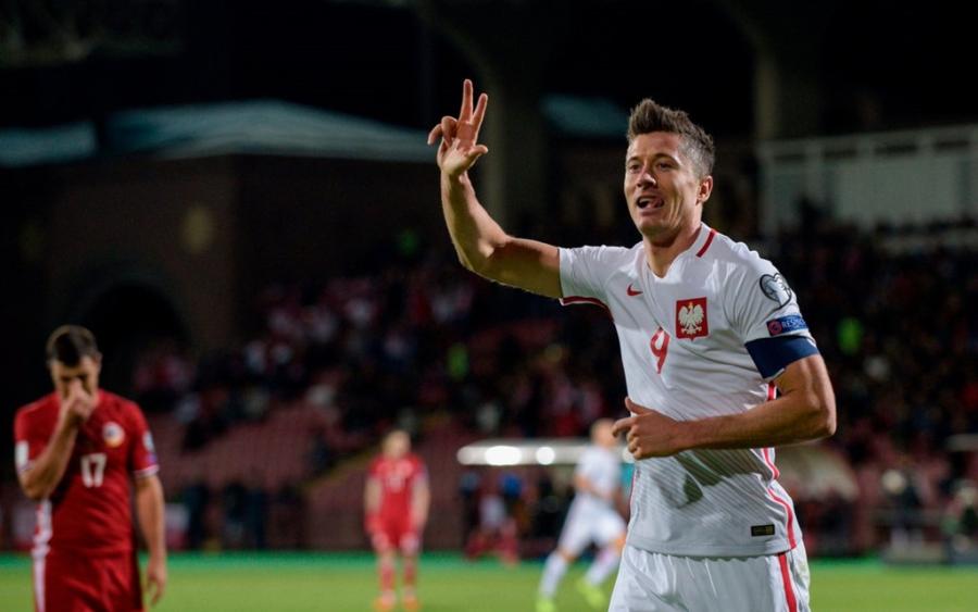 Lewandowski pha ky luc cua Ronaldo o vong loai World Cup hinh anh 1