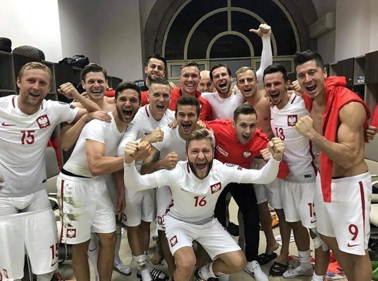 Lewandowski pha ky luc cua Ronaldo o vong loai World Cup hinh anh 6