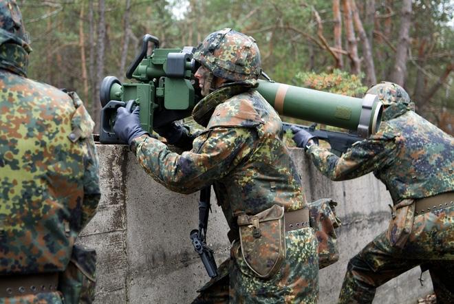 Việt Nam sản xuất tên lửa chống tăng hiện đại: Cần lắm, để đập nát vỏ thép di động - Ảnh 3.