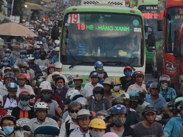 TP.HCM tặng vé xe buýt miễn phí cho người khuyết tật