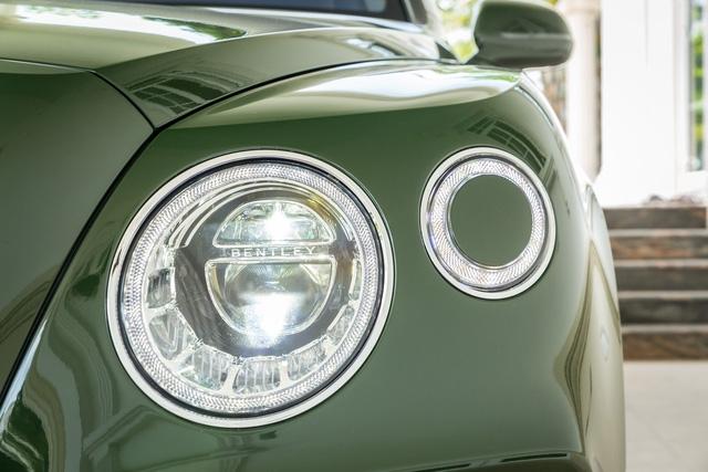Cận cảnh Bentley Bentayga cá nhân hóa độc nhất Việt Nam - Ảnh 5.