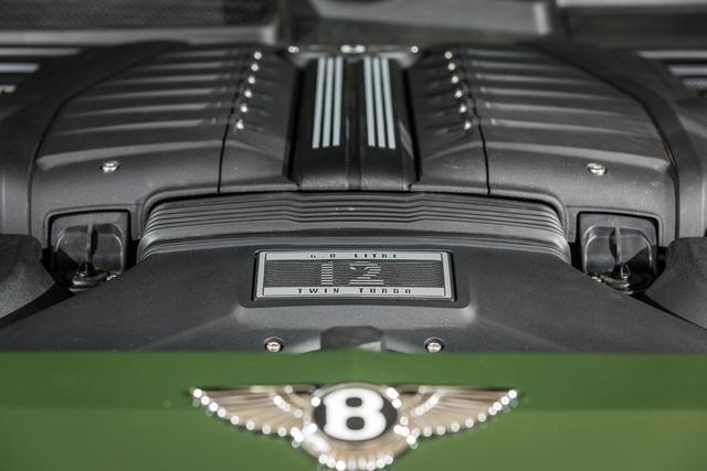 Cận cảnh Bentley Bentayga cá nhân hóa độc nhất Việt Nam - Ảnh 7.