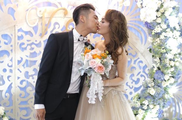 Điểm lại những đám cưới xa hoa, đình đám trong showbiz Việt khiến công chúng xuýt xoa - Ảnh 14.