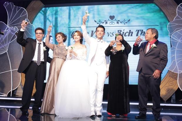 Điểm lại những đám cưới xa hoa, đình đám trong showbiz Việt khiến công chúng xuýt xoa - Ảnh 15.