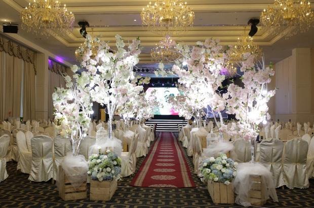 Điểm lại những đám cưới xa hoa, đình đám trong showbiz Việt khiến công chúng xuýt xoa - Ảnh 20.