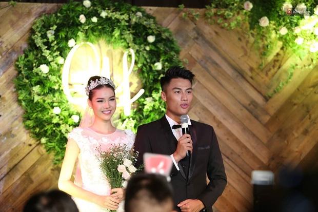 Điểm lại những đám cưới xa hoa, đình đám trong showbiz Việt khiến công chúng xuýt xoa - Ảnh 28.