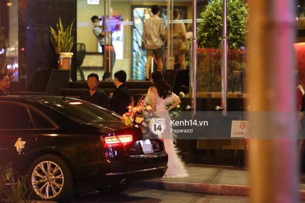 Sau đám cưới cổ tích, Đặng Thu Thảo cùng ông xã Trung Tín tay trong tay đi chơi với bạn bè - Ảnh 3.