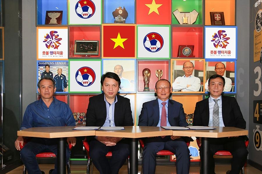 VFF và HLV Park Hang-seo nhanh chóng tìm được tiếng nói chung để sớm hoàn tất hợp đồng.