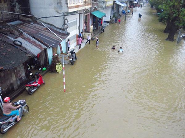 Nghệ An đến Huế mưa lớn, Hà Nội đón không khí lạnh