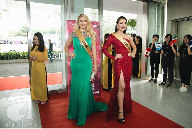Á hậu Huyền My xinh đẹp nổi bật giữa dàn thí sinh Miss Grand International 2017 - Ảnh 11.
