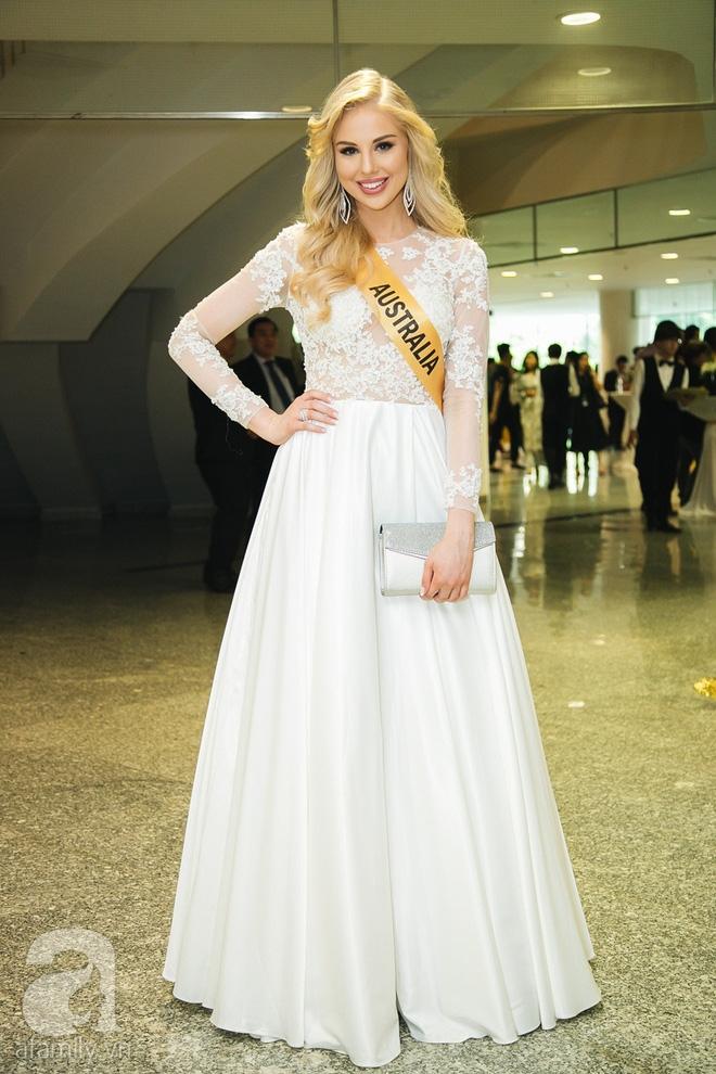 Á hậu Huyền My xinh đẹp nổi bật giữa dàn thí sinh Miss Grand International 2017 - Ảnh 13.